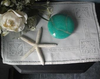 Vintage green alabaster jar with swivel lid