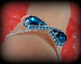 Retro  bracelet -blue