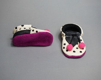"""Moccasins/Moccs/Slippers/Babyshoes """"Hippie"""" made from vegetable tanned eco friendly leather"""