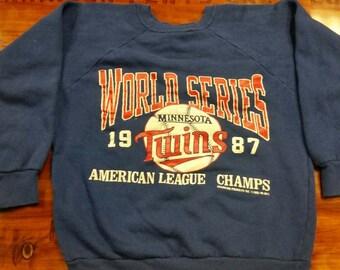 Minnesota Twins world series crewneck,sweater, Medium, champion crewneck, 80s,vtg, vintage mlb