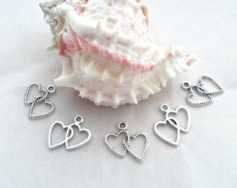 Pack of 10 Linked Hearts Charms, Antique Silver  (1867)