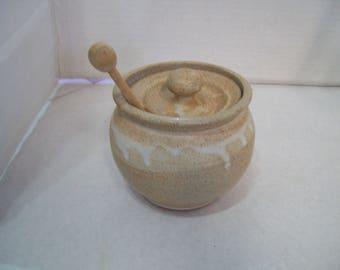 Stoneware, Pottery Honey Pot Hand Made 401
