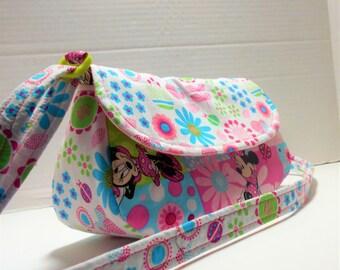 Girl's Minnie Mouse purse, Minnie Mouse pocket book, Children's purses, Minnie Mouse gifts, Gifts for girls, Minnie Mouse crossbody, Minnie