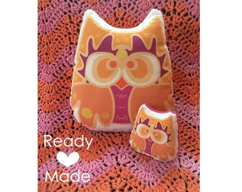 Orange Mama and Baby Night Owl Stuffed Animal, Pillow Plushie