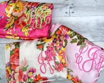 Bridesmaid robes, Satin floral robes,  floral kimono robe, Bridesmaid robe, floral silk robes, monogram robes, bridesmaid gifts (R002)