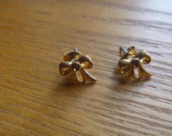 gold tone bow stud earrings, vintage gold tone and diamante earrings for pierced ears