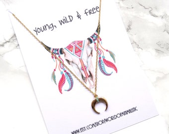 Crescent moon minimalist necklace, tusk horn dainty necklace, moon necklace, bohemian moon necklace, boho moon necklace, layering necklace