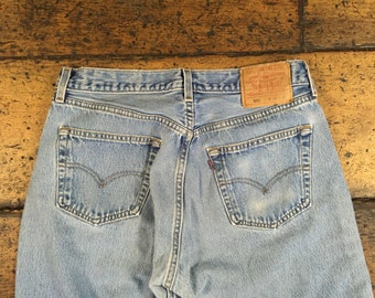 Vintage Levis 501 Straight Leg Denim Jeans Sz 32 | Made in USA