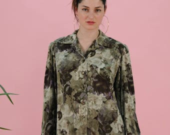 FREE SHIPPING Vintage 80s flower pattern blouse