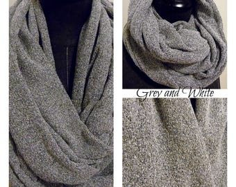 INFINITY SCARF.Scarves.Circle Scarf.Tube Scarf.Gift for Her.Grey.White.Textured feel.Fall.WInter.Spring.Style.Casual