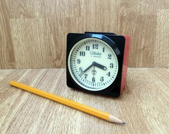 Vintage alarm clock Working alarm clock Russian Slava mechanical alarm clock Desk clock Retro Russian alarm clock Home Decor Office decor