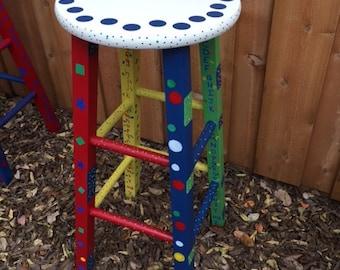 A classroom stool for your favorite teacher
