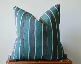 THE LUMMI Vintage Baule Ikat Square Pillow Cover