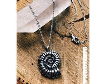 Minimalist Ocean Spiral Shell Necklace