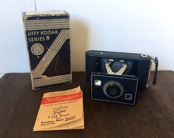 Vintage Kodak Camera, Jiffy Kodak Six 20 series II, Eastman Kodak, Vintage Home Decor, Camera Collection, Vintage Kodak, Bellows, Film.