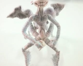 -Hellboy 2 - tooth fairy