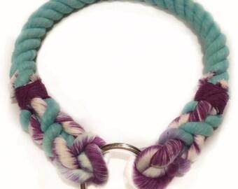 Blue berry collar