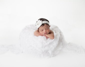 Newborn Photography digital drop prop background (White and Light)