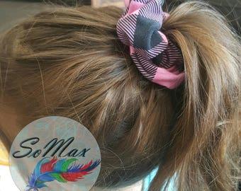 Scrunchie hair check pattern