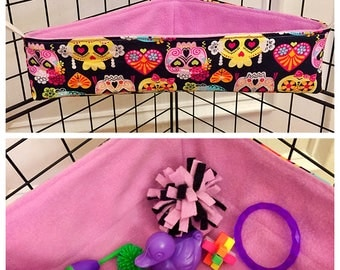 Sugar glider corner bed/toy box (skulls)