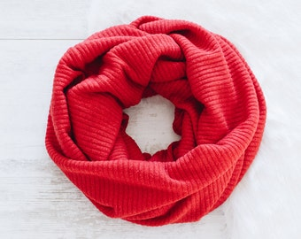 Red Infinity Scarf / Womens Scarves / Red Scarf / Chunky Scarf / Cowl Scarf / Fashion Scarves / Jersey Knit Scarf / Gift for Women