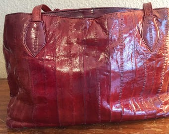 Deep red Eel skin purse in nice vintage condition lovely oxblood red