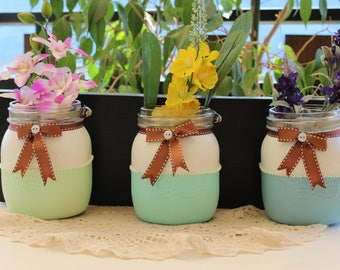 Weddings/Birthdays/Vintage/handmade/favor/with wooden base to hang/gift ideas/style Shabby Chic Wedding glass Vase/Jar//