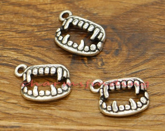 30pcs Fangs Charms Vampire Teeth Charms Antique Silver Tone 13x17mm cf2750