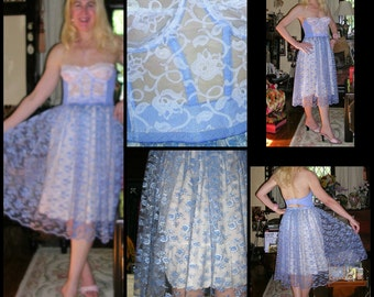 50's floral print blue nylon proper ladies Betty Draper homemade full-sweep split-to-the-waist petticoat + co-ordinated ALMONT bustier SMALL