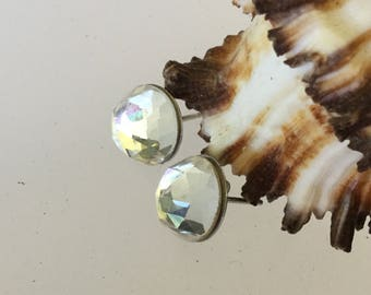 Clear crystal faceted studs/crystal earrings /wedding earrings /earrings /studs /crystal/healing/spiritual