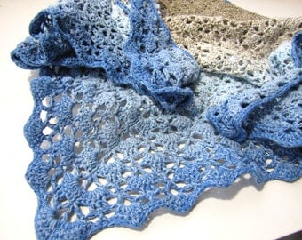 Southbay Shawl in beige and blue