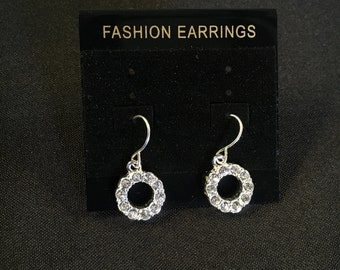 Gorgeous Silver Dangle Earring