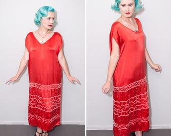 1920's Persimmon Red Silk Drop Waist Flapper Dress with Beaded Geometric Design | Size Large