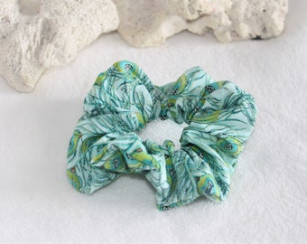 Hair scrunchie, elastic hair, turquoise, Peacock, scrunchies, scrunchie patterned feathers, hair accessory, hair clip