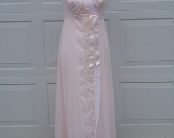 Vintage Pink Negligee, Boudoir Lingerie, Honeymoon Lingerie, Wedding Night Lingerie, Vintage Nightgown, Sexy Lingerie, Bridal Lingerie, Pink