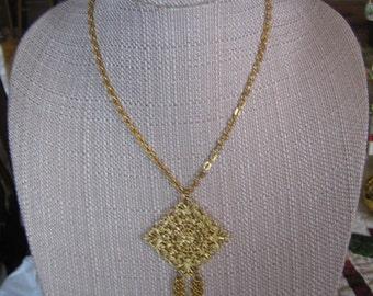 Vintage Gold Tone Filigree & Tassel Pendant Necklace