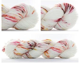 FEELGOOD WORSTED MERINO, Hand Dyed Yarn Worsted - Yarn Love, hand painted yarn, worsted yarn, knitting yarn, crochet yarn