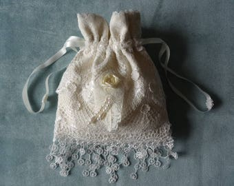 Pretty Cream and White Lace Drawstring Bridal/Wedding Bag/Purse - Handmade OOAK