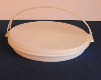 Tupperware Divided Server 405-1 with Carrying Handle and Lid 224-9    (621)