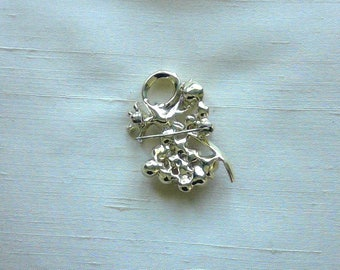 Vintage Small Gold Pearl Pin