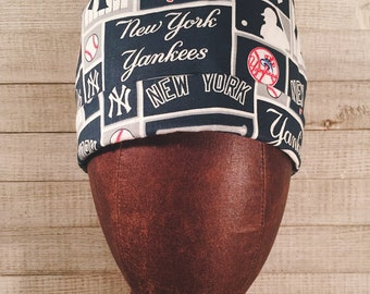 New! MEN'S Scrub Cap Surgical Hat in NY Yankees baseball pattern with fabric ties and inner sweat absorbable liner, perfect design
