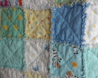 Flannel, baby, rag quilt, gender neutral.