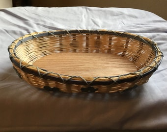 Wicker basket, solid bottom