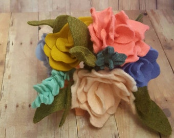 Spring mini felt flower bouquet, spring bouquet, wedding bouquet, felt flower bouquet, bridal bouquet, spring flowers