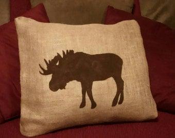 Moose Pillow, Burlap Moose Pillow, Moose Silhouette Pillow, Cabin Decor, Country Primitive, Moose Decor, Moose Home Decor, Cabin Pillow