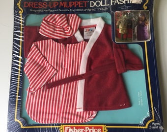 1981 Fisher Price Dress-Up Muppet Doll Fashion Kermit the Frog Sleepwear New in package RARE