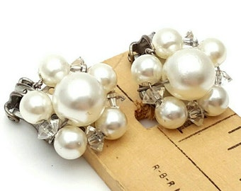 Clear Beads and Faux Pearls Stud Clip on Earrings Retro Vintage clip-on Wedding Jewelry