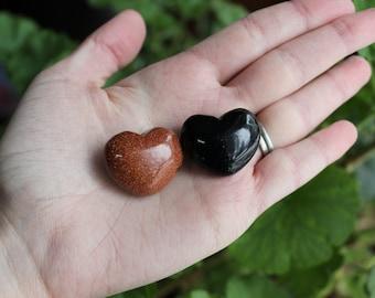 Goldstone/Sandstone heart pair