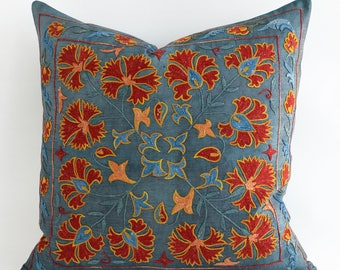 SALE ! - Embroidered Tael Green Suzani Pillow, gift for her, floral pillow, gift for women, girlfriend gift, gift for mom suzani pillowcase