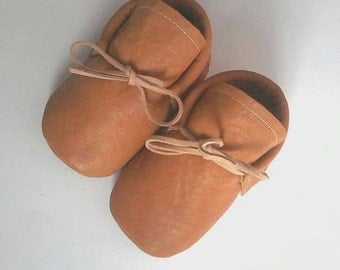 Camel Booties,Baby Moccs, baby moccasin shoes, toddler moccasins, brown baby moccasin, baby, moccasin,leather baby moccs, eco leather
